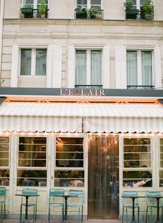 Eclair Bistro in Paris France | photography by http://brittanymahood.com