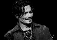 JCD II : Johnny Depp - Premiere Dead Men Tell No Tales-Japan -- 2017(edit)