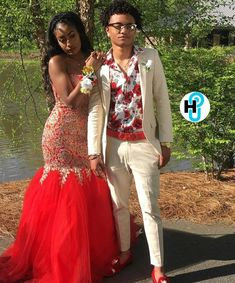 Prom Outfits, Cute Outfits, Prom Dresses, Good Prom Suits, Prom Tux, Prom Goals, Prom Couples, African Wedding Dress, Black Prom