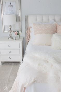 Master Bedroom Updates For Fall & Winter Creating a home & lifestyle of inspirationStay connected and get all the latest!First NameLast NameE-Mail AddressMaster Bedroom Updates For Girls Bedroom, Master Bedroom, Bedroom Decor, Bedrooms, Bedroom Ideas, White Coverlet, Winter House, Fall Winter, Winter Bedding