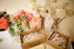 Love these little bird seed packets for throwing after the ceremony!
