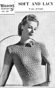Perfect 1940s Jumper Lace with a Bow 33 to 35 by PrettyOldPatterns