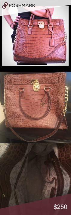 ✨Authentic Michael Kors Croc Print Hamilton Bag✨ 100% Authentic! I only used it a few times! It's still in an excellent condition. Unfortunately I don't have a dust bag to send with it. I purchased it from Macy's. It's a larger size bag with lots of room inside! I'm pretty firm on the price but I might be open to your offer! ✨✨ Michael Kors Bags Shoulder Bags