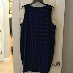 Blue and Black Geometric print Shift Dress Missimo XXL sleeveless shift dress. Zip closure on back. Cute geometric print. Mossimo Supply Co Dresses Midi