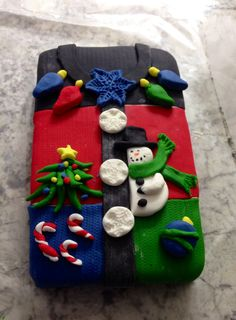 Ugly Christmas sweater cake! Perfect for any ugly Christmas sweater party!