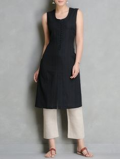 Buy Black Pleated Sleeveless Cotton Kurta By Bandhej Apparel Tunics & Kurtas Online at Jaypore.com
