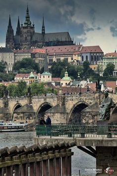 Prague Castle. It is the largest castle in the world (18 acres), and is the most complex of all castles in the world (representing every architectural d... - lekotars times - Google+