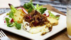 Grilovaný hermelín s dijonskou hořčicí a karamelizovanou cibulí na pivě | Prima Fresh