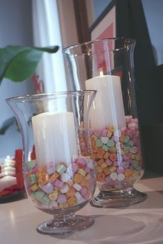 Valentine's day candy hearts candle jar: Great idea, since I don't like the candy hearts!