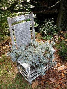Love Garden, Dream Garden, Garden Art, Flower Planters, Garden Planters, Flower Containers, Garden Chairs, Garden Furniture, Chair Planter