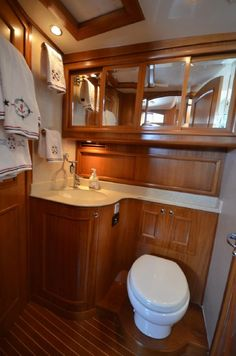 2010 Grand Banks 41 Europa Power Boat For Sale - www.yachtworld.com