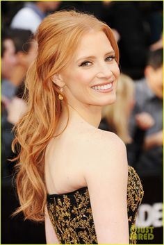 Jessica Chastain - Oscars 2012 Red Carpet | jessica chastain 2012 oscars 02 - Photo Gallery | Just Jared