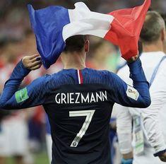 griezmann at the final world cup Antoine Griezmann, Soccer Guys, Soccer Cleats, Football Players, Cristiano Ronaldo, Football Is Life, Football Boys, Steven Gerrard, Neymar
