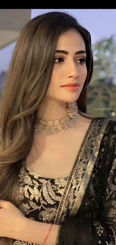 Pakistani Bridal Makeup, Pakistani Wedding Outfits, Pakistani Girl, Nikkah Dress, Fancy Jewellery, I Love Girls, Girl Pictures, My Girl, Designer Dresses