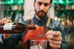 ΕΛΛΗΝΙΚΑ ΠΡΟΙΟΝΤΑ: Τι πίνει η κάθε χώρα και τι τελικά προτιμούν οι Έλ...