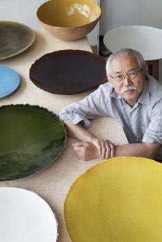 Fujiwo Ishimoto - a man who does pottery the size I need! Ceramic Tableware, Ceramic Bowls, Ceramic Pottery, Pottery Art, Paper Mache Sculpture, Paperclay, Ceramic Design, Contemporary Ceramics, Pottery Studio