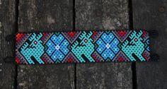 Fun-Huichol-Beaded-Bracelet-with-Turquoise-Deer-Peyote-Button-Mexican-Folk-Art