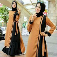 Batik Fashion, Abaya Fashion, Women's Fashion Dresses, Kurta Patterns, Dress Sewing Patterns, Pakistani Dress Design, Pakistani Dresses, Muslim Long Dress, Muslim Women Fashion