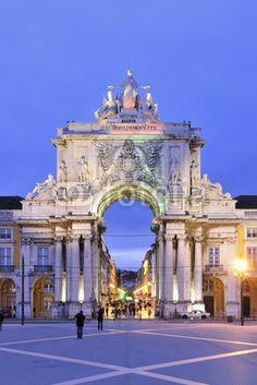 Terreiro do Paço Lisbon, Portugal Places In Portugal, Visit Portugal, Spain And Portugal, Portugal Travel, Best Places To Travel, Cool Places To Visit, Places To Go, The Beautiful Country, Beautiful Places