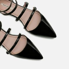 ZARA Strappy Flats Chic Flat shoes with ankle strap Wear with skinny jeans or midi skirt/midi dress Tag: Euro 39, US 8   Check out my other listings zara  Shoes Flats & Loafers