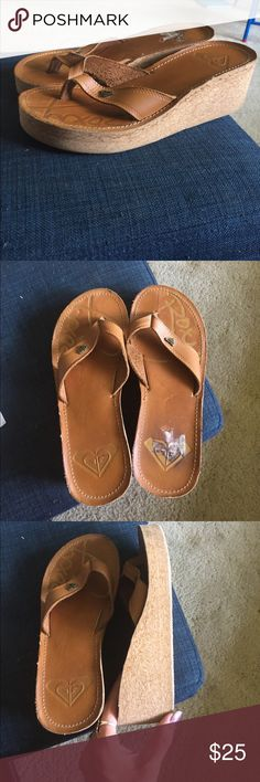 Roxy wedge sandals UEC tan color, can't wear these now with knee surgery. Straps are remarkable, foot covers sign of use of foot bed ❤️ wedge platform Roxy Shoes Sandals