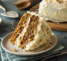 Bolo de Cenoura e Nozes | NESTLÉ Homemade Carrot Cake, Best Carrot Cake, Food Cakes, Cookbook Recipes, Cake Recipes, Baking Recipes, Susan Recipe, Zucchini Cake, Savoury Cake