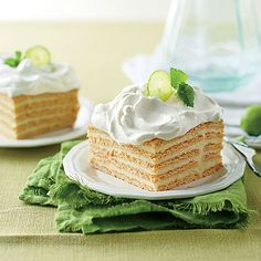 Key Lime Icebox Cake - Make Ahead Mother's Day Desserts That Will Have Mama Going Back for Seconds - Southernliving. Recipe: Key Lime Icebox Cake Show mom how much you care with lots of layers of lovely lime custard. Delicious Desserts, Dessert Recipes, Yummy Food, Spring Desserts, Easter Desserts, Cupcake Recipes, Key Lime Icebox Cake, Icebox Pie, Gastronomia