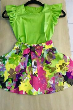 Niña Cute Teen Outfits, Toddler Outfits, Kids Outfits, Frocks For Girls, Kids Frocks, Baby Girl Fashion, Kids Fashion, Little Girl Dresses, Girls Dresses