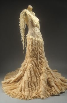 "Oh how I would just die to walk down the aisle in the McQueen ""Oyster Dress"". I would be in tears for so many reasons. Miss you Alexander McQueen Alexander Mcqueen Wedding Dresses, Alexander Mcqueen Kleider, Alexandre Mcqueen, Steve Mcqueen, Oyster Dressing, Alexander Mcqueen Savage Beauty, Elie Saab, Fru Fru, Most Beautiful Dresses"