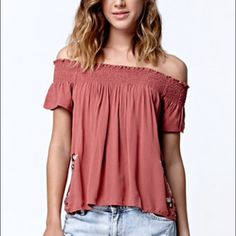 Boho Off the Shoulder Top! Beautiful top, just never got around to wearing it. Brand new with tags! Taupe/rose colored. Beautiful embroidered floral detail around the bottom and sides. A little longer in back than the front! Perfect for festivals! LA Hearts Tops