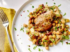 chicken with artichokes and olives | kelly's kitchen Turkey Recipes, Veggie Recipes, Chicken Recipes, Chicken Meals, Veggie Food, Food Food, Braised Chicken, Winner Winner Chicken Dinner, Mediterranean Dishes