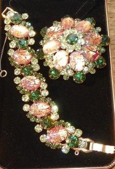 Juliana DeLizza and Elster Green Cat's Eye Cabochon Bracelet Pin Brooch Mint | eBay