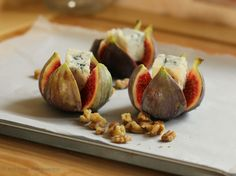Seasonal fresh figs roasted with gorgonzola cheese, honey and orange.