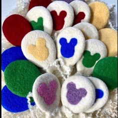 Pure Wool Mickey Head Balloons by @soolysquirrel #mickeyballoon #woolysquirrel #newbornphotoprop #newbornphotography Newborn Photo Props, Newborn Photos, Baby Birthday, Birthday Gifts, Coffee Pictures, Coffee Pics, Mickey Balloons, Baby Christmas Gifts, Mickey Head