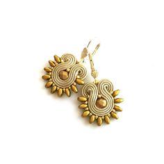 Matrimonio di primavera di Soutache orecchini - regalo per regalo di compleanno della fidanzata - regalo per la moglie - sorella - istruzione orecchini damigelle orecchini