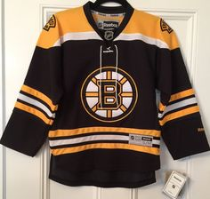 Boston Bruins Home Jersey Youth S M Reebok Officially Licensed New With Tags   Reebok 2b5b718f4