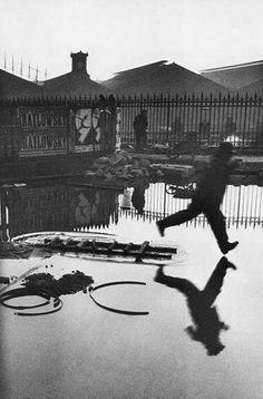 Heri Cartier-Bresson - Behind the Gare Saint-Lazare