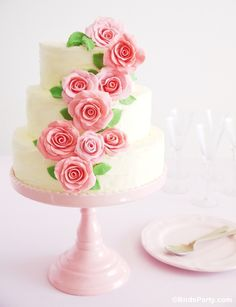 DIY Wedding Cake editorial for HGTV