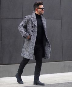 Follow @edriancortes for similar posts / / / / / #streetstyle #streetwear #menswear #parka