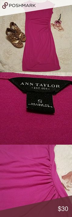Ann Taylor dress Ann Taylor dress. Perfect for any night out Ann Taylor Dresses