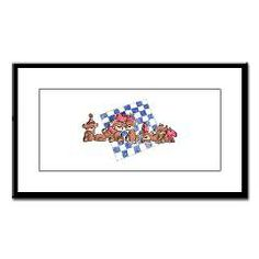 Checkmate Small Framed Print > Sam's Menagerie