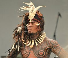 Polynesian tattoos are full of symbolic meaning and vary from an island to another © Glennia #Warrior #Dancer #Tattoo