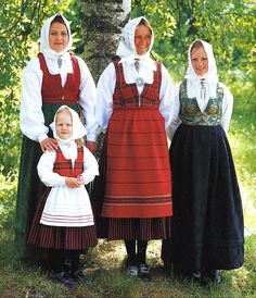 Rondastakken or Livkjol. FolkCostume&Embroidery: Overview of Norwegian Costumes, part The eastern heartland Folk Costume, Costumes, Norwegian Clothing, Going Out Of Business, Custom Clothes, Two By Two, Celebs, Embroidery, How To Wear