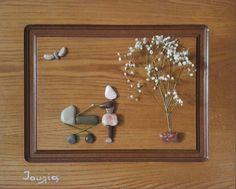 Las dimensiones de mi creación Madre con el bebé es 50 x 40 cm y es la última con claro barniz. Es un regalo perfecto para el día de la madre y para una madre que tiene o espera una hija. Única de la pared arte y decoración para el hogar. Como un niño me encantó el mar arena y los guijarros. Jugué durante horas haciendo οn de creaciones de piedra la arena. Crecimiento estuvo implicado con madera culto como hija de carpintero s. Hace unos años decidí componer creaciones con piedras que…