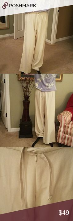 Silk Tommy Bahamas wide leg pants Off white, drawstring, front hidden zipper, no pockets for a slimming fit! I will throw in the silk blend Tommy shirt pictured. Tommy Bahama Pants