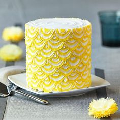 Easy Party Cake With Yellow Scallops