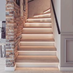Home Stairs Design, Home Design Decor, Home Interior Design, Luxury Staircase, House Front Design, White Ceiling, House Stairs, Modern House Plans, House Goals