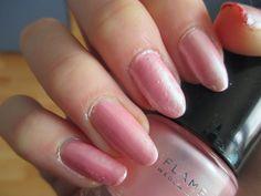 http://nialsfashmania.blogspot.cz/  Great nail polsh by Oriflame!