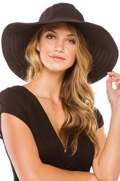 "Large size now on sale from $38. This elegant yet posh sun hat is the perfect hat for everyone with different sun protection needs. This hat is also available in a 4"" & 7"" brim. The bow around the crown of the head can be adjusted to make the perfect fit. The 5"" brim provides maximum sun protection. What we love about this hat as well is it is packable, lightweight, and perfect for throwing in your suitcase or beach bag. And now, by popular demand, it comes in an X Large size (60 cm, whe..."