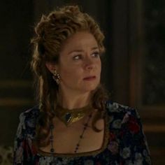 Reign: To the Death — You Know You Love Fashion @reign @cw @goldjewelry @goldfever @18k